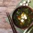 Japanische Misosuppe mit Nori und Tofu